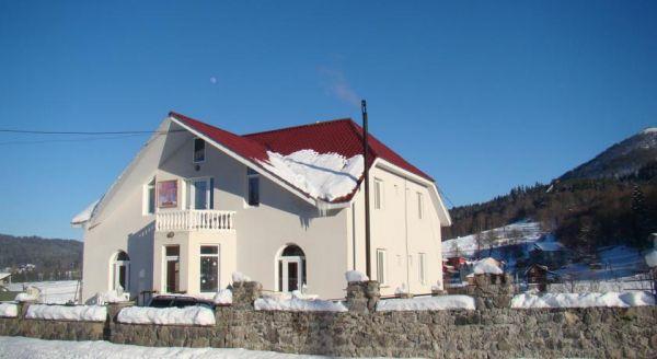 Etalasi Guesthouse